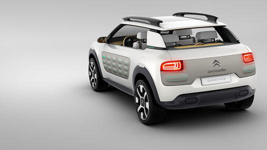 voitures neuves faites place au nouveau c4 cactus. Black Bedroom Furniture Sets. Home Design Ideas